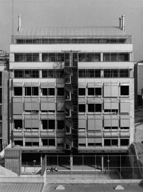 Colegio arquitectos barcelona palacio de justicia de - Trabajo arquitecto barcelona ...